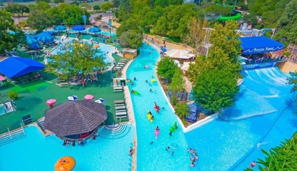 Schlitterbahn Waterpark Resort